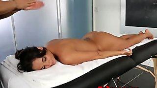 Ava Addams sensuell massage