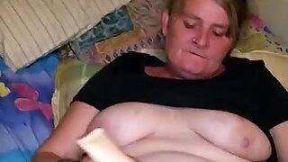 Kerry Taking Cum