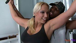 Bigass milf interracially cuckolds her lover
