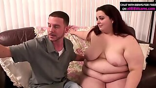 Enormouse jätte bbw kontrollerar hennes fitta storlek 1