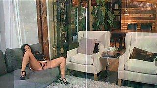Busty MILF Ava Adams sucks big cock