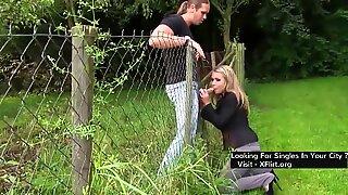 Blond first-timer schweizisk superslut körd utomhus