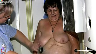 Dirty-minded chubby brunette oldie Gisela gets washes and teased in shower