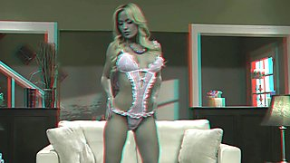 X3D10 3D video. Striptease. Anaglyph