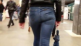 악의없는 아이의 엉덩이