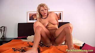 chubby mummy tough poked by her toyboy