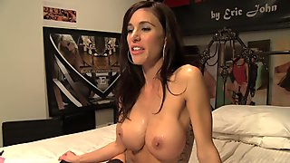 Smoking hot brunette in sexy stockings gets hard fuck