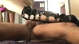 Kinky sex milf gets her ass drilled