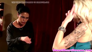 Inked bigtitted lesbo pussrubbed until orgasm