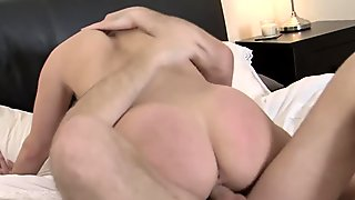 Victoria Summers pleasures her Man to Finish